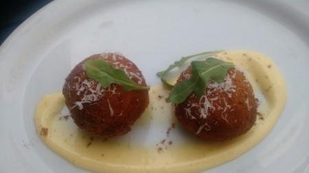 A new favorite ! Arancini: Saffron Rice Balls stuffed with Mozarella